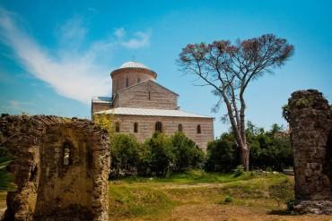 Абхазия-храм-Успения-Пресвятой-Богородицы