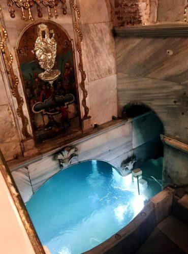 Стамбул, Балуклы, Монастырь  Зоодо'ху Пиги` (греч. Ζωοδόχου Πηγή – Живоносный источник)