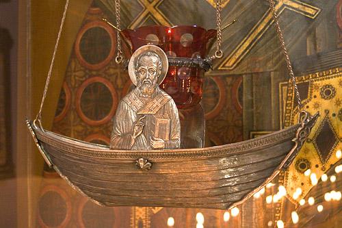Паломничество ко святому Николаю в Бари, Италия